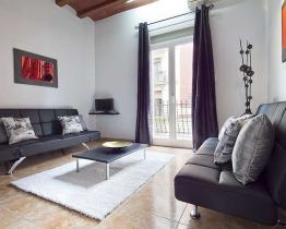 Appartamento con un design scandinavo contemporaneo a Eixample