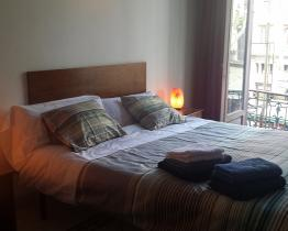 Cheap lodging in the center of Barcelona
