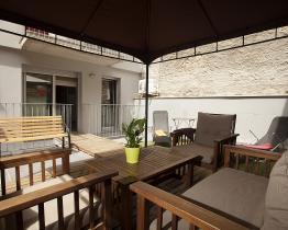 Loftliknande lägenhet för stora sällskap, Plaza Espanya