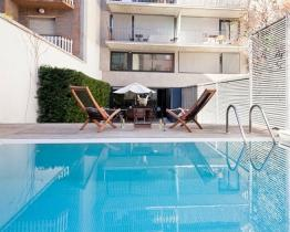 Accommodation with pool for rent in Barcelona