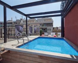 Fabulous duplex apartment with pool and terrace