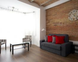 Flat with large terrace in Sagrada Familia