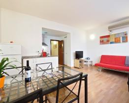 Apartment for 4 people in Barcelona
