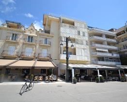Seafront apartment rental in Sitges
