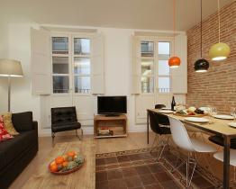 Rent apartment near Sant Jaume square