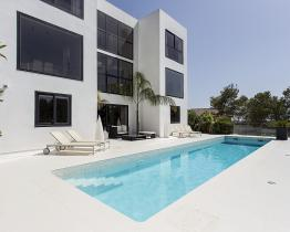 Luxurious villa with contemporary design, Olivella (Sitges)