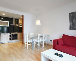 Lys leilighet for 5 personer, Sitges