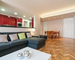 Beautiful modern style apartment, Les Corts