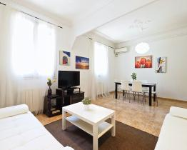 Rent Plaza Espanya Apartment
