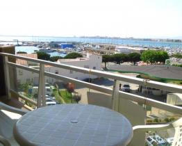 Soleado apartamento con preciosas vistas del mar, Roses