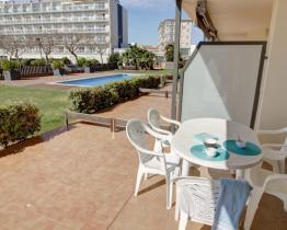 A simple and sunny holiday apartment, Lloret de Mar