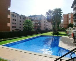 Apartment with pool in Lloret de Mar center