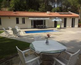 Cozy family home with 3 bedrooms and pool, Castellar del Valles