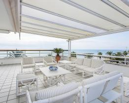 Luxurious 4 bedroom penthouse apartment near beach, Sitges