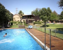 5 bedroom house with pool in Terrassa