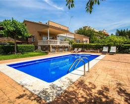 Sophisticated house with pool and tennis court n Sabadell