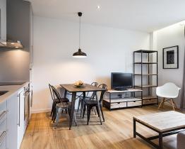 2 værelses lejlighed ved siden af Plaza Catalunya