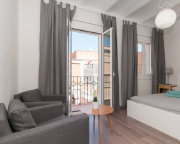 2 bedroom apartment close to Camp Nou