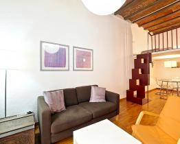 Duplex lägenhet nära Sant Antoni Market