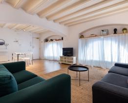 Elegante apartamento de 2 habitaciones junto al mar