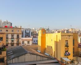 3 bedroom apartment next to Santa Caterina Market in Barcelona