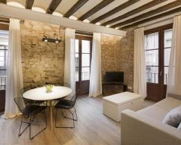 Estudio reformado de 40m2 con una habitación en el Born - Barcelona