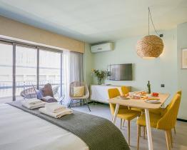 Appartement met een kamer in de buurt van de metro La Sagrera