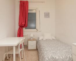 Single room in Barcelona