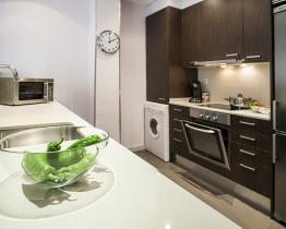 Amplio y luminoso apartamento de dos habitaciones en Les Corts