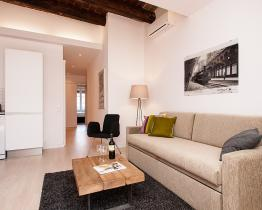 Trendy 2 bedrooms apartment in Gracia with Terrace for 6 people