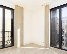 Smuk renoveret lejlighed i hjertet af Gotico - Årlig leje