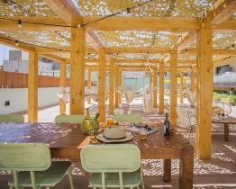 Amplio apartamento de 1 habitación con piscina en La Sagrera
