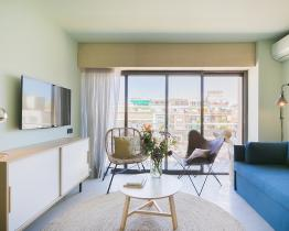 Apartamento muy luminoso de 2 habitaciones en la Sagrera con piscina