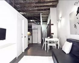 Group apartment in Born, Barcelona