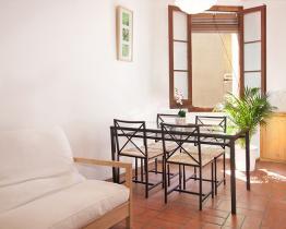 Appartement de deux chambres dans Gracia