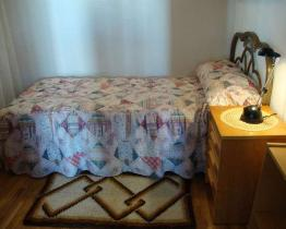 Single room in Barcelona city center near Parc de la Ciutadella