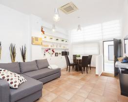Duplex Apartment in Gracia