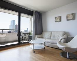 Rent apartments in building with pool, Barcelona