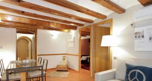 Céntrico piso para 6 en Pl Cataluña