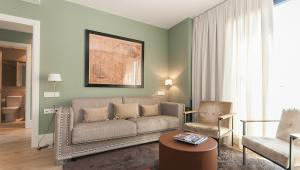 S53 - Sagrada Familia - 3 hab / 2 baños + balcon