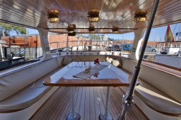 35 meter luxe zeiljacht voor evenementen