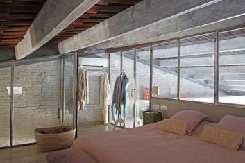 Casa de luxo com piscina em Barcelona
