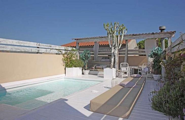 Casa de lujo con piscina en barcelona barcelona home for Casas con piscina barcelona