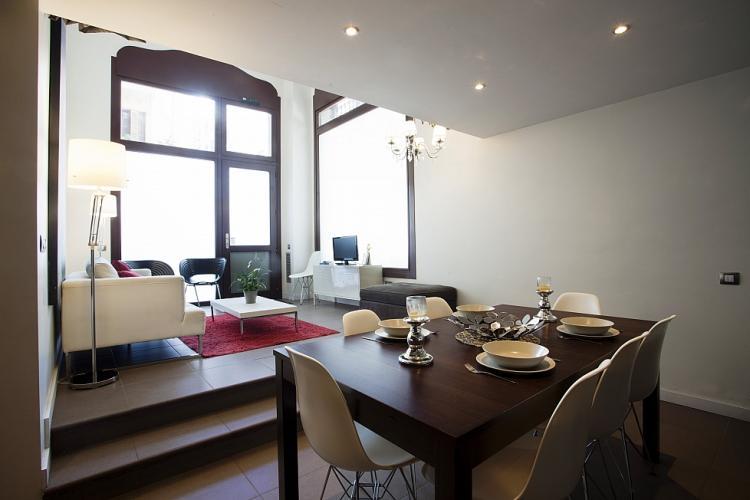Alquiler, triplex apartamentos en Barcelona