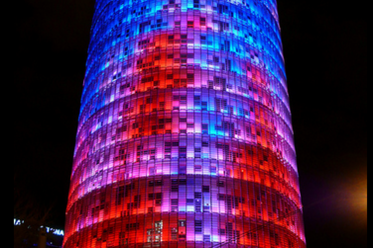 The famous Torre Agbar, representative of the contemporary architecture is located near apartament