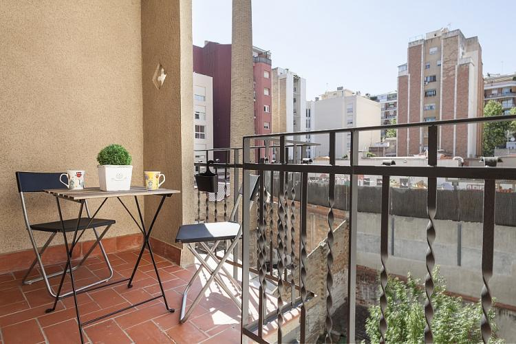 Terrace with a beautiful view, where you can enjoy the sunny mornings.