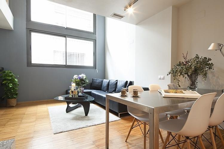 Moderno piso de lujo en alquiler en Barcelona