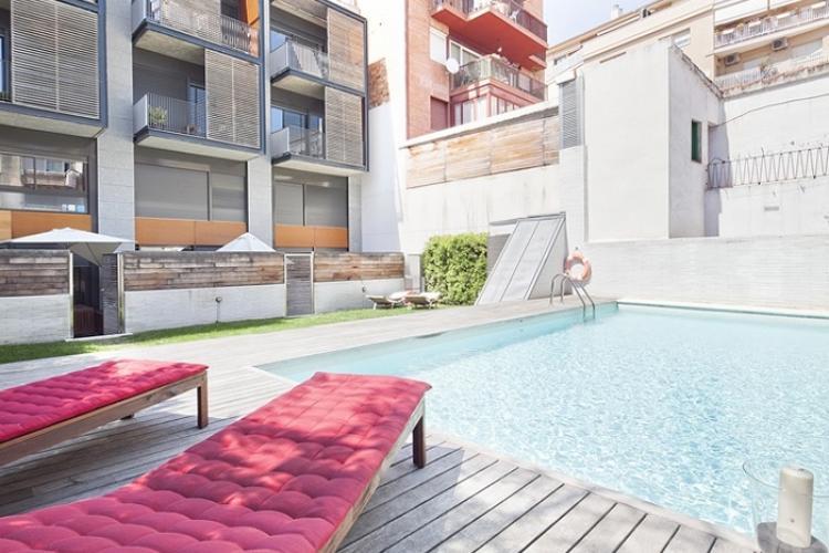 Pisos por dias con piscina en Barcelona.