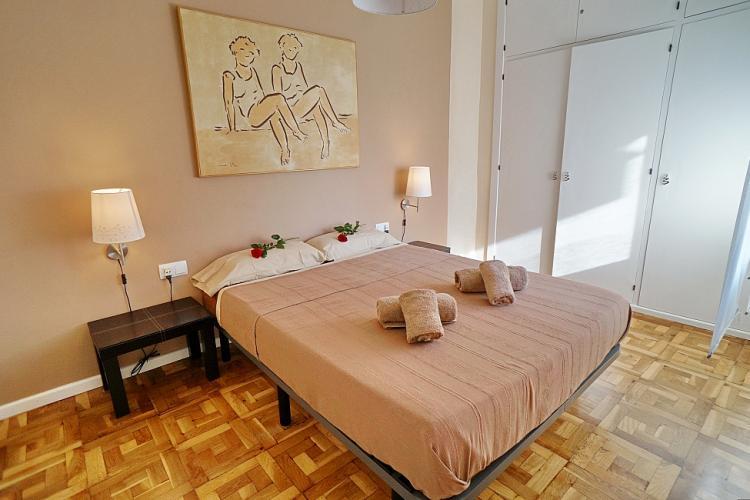 Precioso piso por dias en Barcelona.