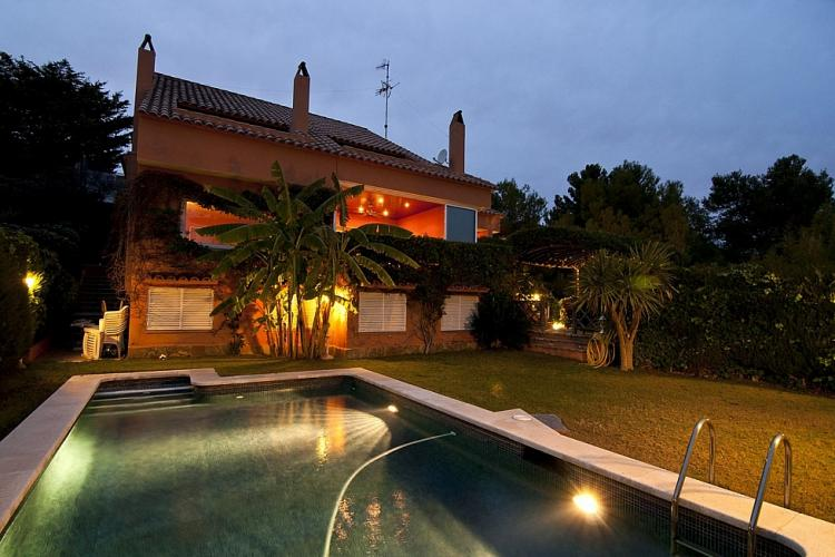 Lujosa villa en alquiler en Sitges